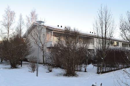 Cosy apartment at a terraced hous - Oulu - Huis