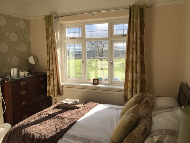 Grange House Bed and Breakfast