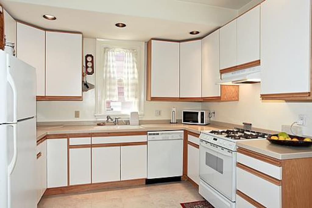 Spacious modern fully appointed kitchen.
