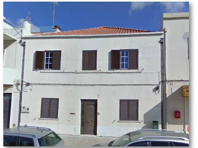 3 bedrooms in a tipical house 6 pax - Torres Vedras - House