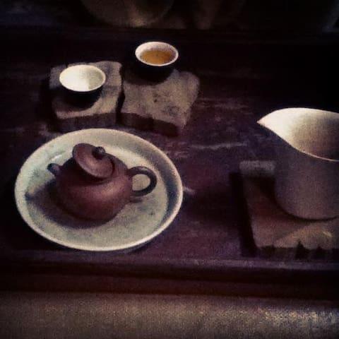 隐藏山中的茶寮禪房  The tea zen house