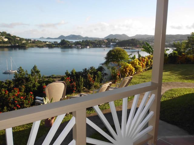 Affordable Tranquil Bay View Apartment - La Toc, - Apartment