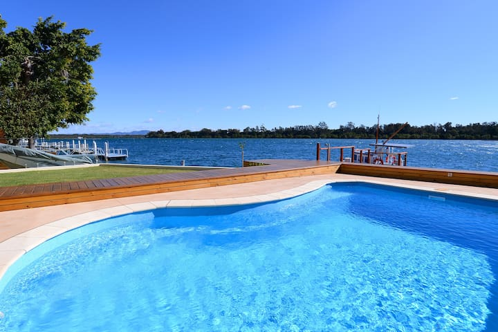 Luxury waterfront apartment on the Hastings River - Port Macquarie - Byt