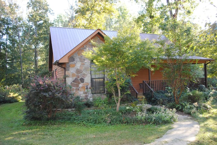 3br by G'ville Lake w/ boat parking & fam friendly - Albertville - Maison