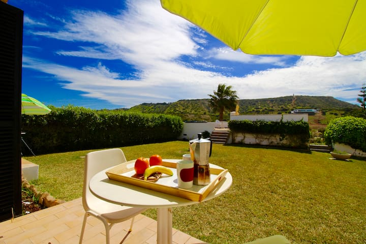 Garden Apartment by the Sea: Mareta - Luz - Bungalo