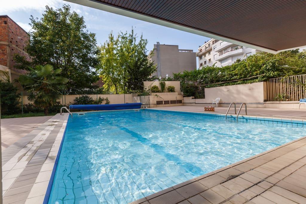 Studio meubl montmartre piscine appartements louer - Location appartement meuble ile de france ...
