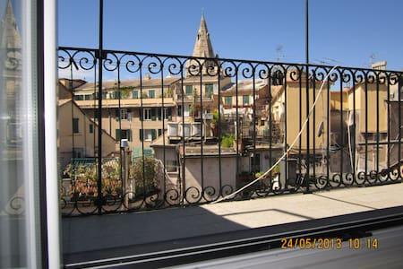 Vivere il centro storico di Genova! - Gênova