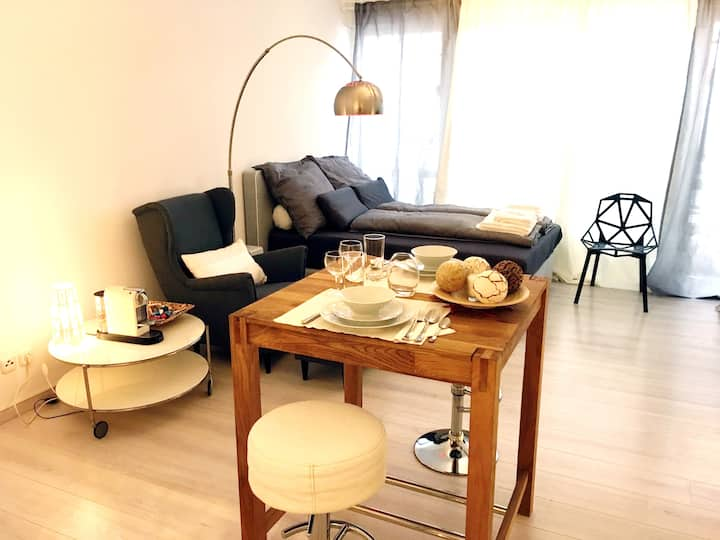 Modern & comfortable close to Frankfurt