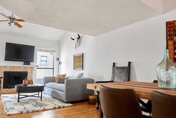Sonder | Bouldin Townhome | Sleek 2BR + Courtyard
