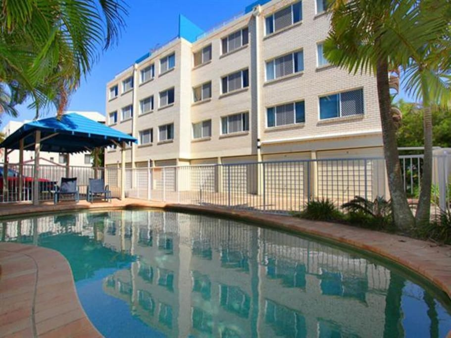 Across From Beach Sunshine Coast Apartments For Rent In Maroochydore Queensland Australia