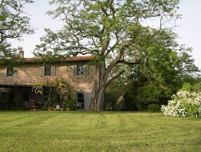 villa in Tuscany spectacular views  - Capraia e Limite