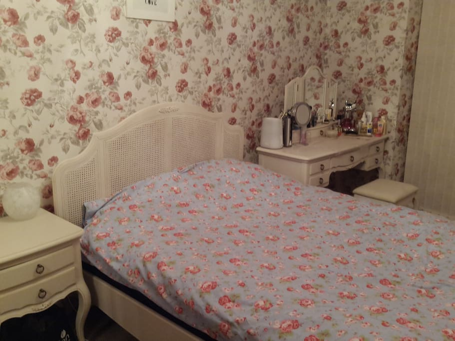 My room - renting out while I'm away!