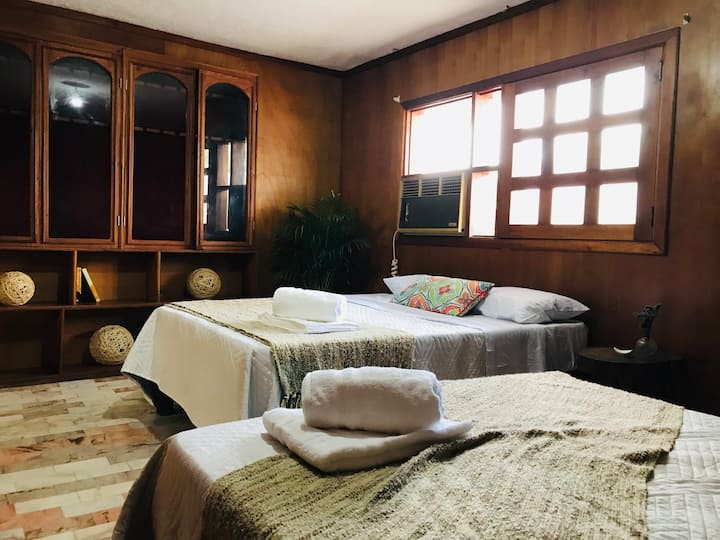 Habitación 1 en hermosa casa de Campo en Tamasopo
