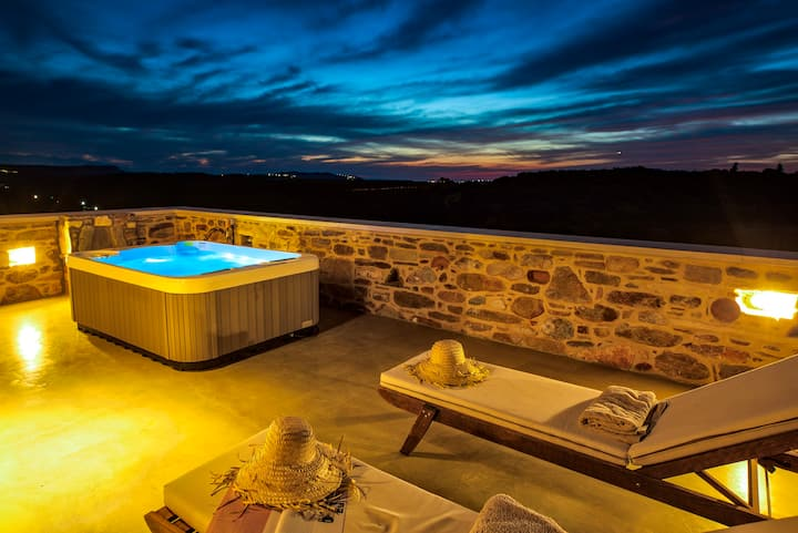 King Suite with Veranda and Private Jacuzzi