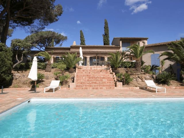 Villa with outdoor pool in Saint-Tropez - Saint-Tropez - Villa