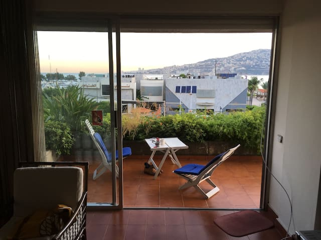 Bay view Apartment - Jounieh - Huoneisto