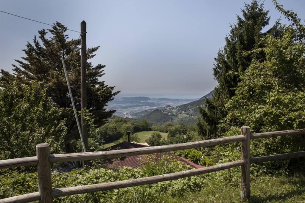 Chalet owl vista lago di garda case in affitto a spiazzi for Case affitto lago di garda capodanno