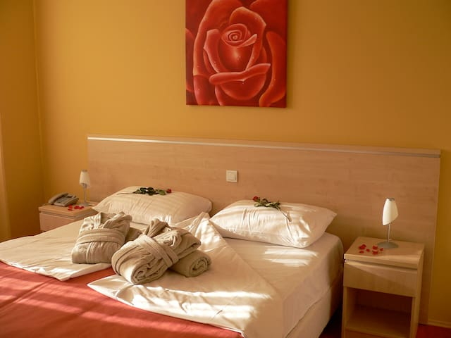 Hotel Epicenter Postojna - single room - Postojna - Bed & Breakfast