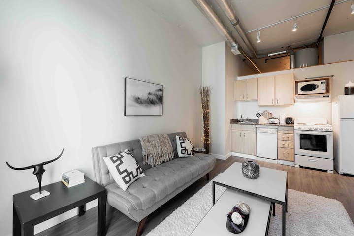 Modern Loft on Jasper Ave with 15% DISCOUNT!