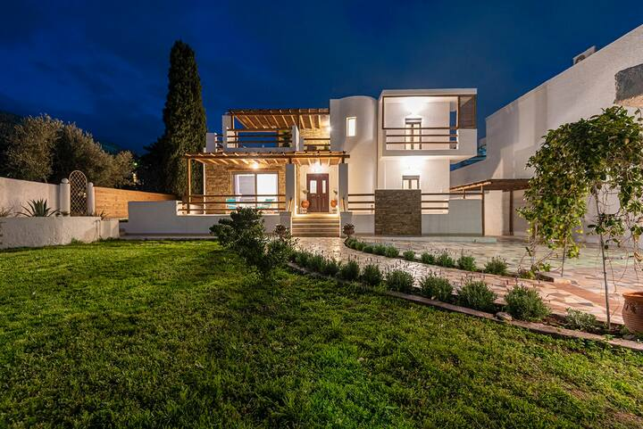 Kalymnos Design Gem - Apollonas & Sibylla Villa