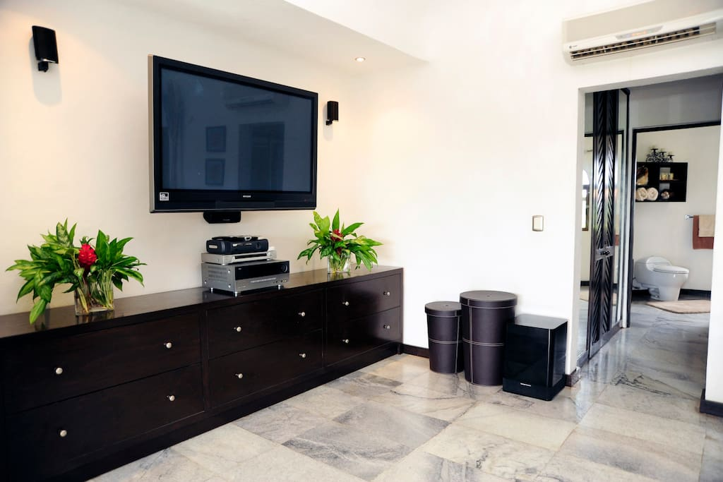 "50"" high definition flat screen TV, Dvd player, Harman Kardon Surround Sound, Xbox 360"