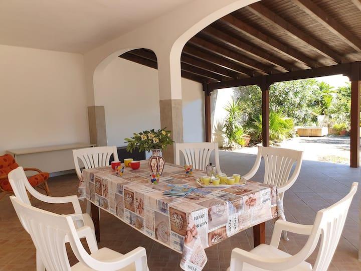 Villa con giardino vicino Gallipoli mare