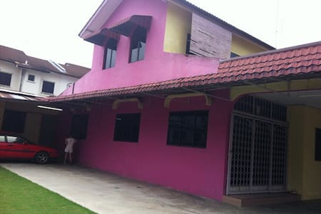3R1W Entire home in Johor - Tangkak