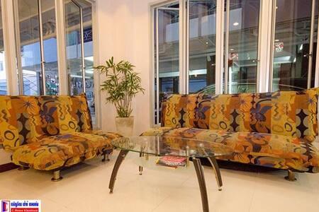 โรงแรม เจริญจิตร เฮ้าส์ ขอนแก่น - ขอนแก่น - ที่พักพร้อมอาหารเช้า