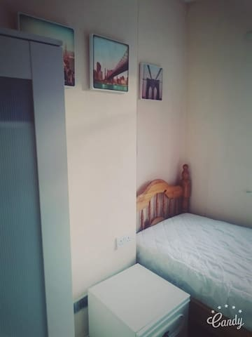 Excellent Single Room Available in Bearwood. - Smethwick - 獨棟
