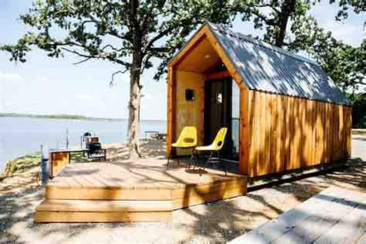LakesideTiny Home— on Douglas Lake w/ Amazing View