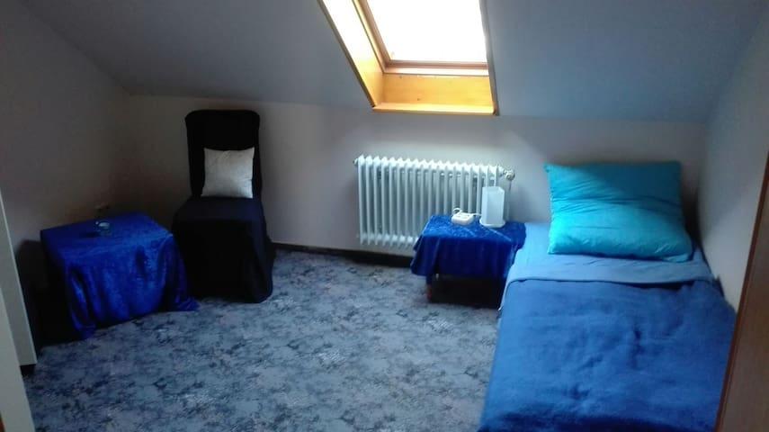 Ruhiges Einzelzimmer - Großenkneten - Apartemen
