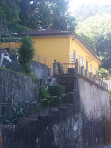 Appartamento appena ristrutturato - Carrara - Leilighet