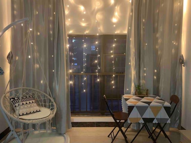 【静谧暖屋】一个温馨舒适的幸福小窝  第七街区可做饭 近高铁站 地铁站 大学城 一室一厅一卫