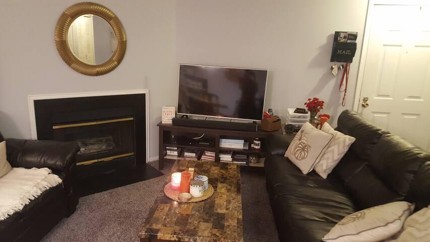 Cozy Apartment in Oakley