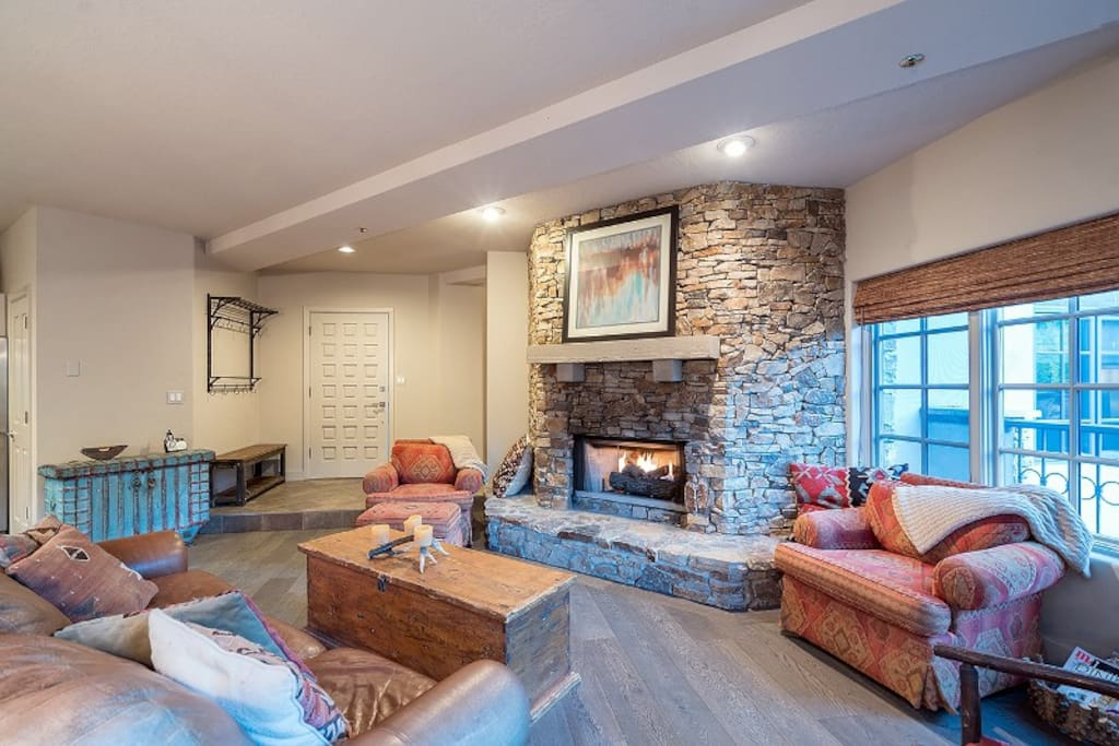 Tons of seating around the fireplace for the whole family