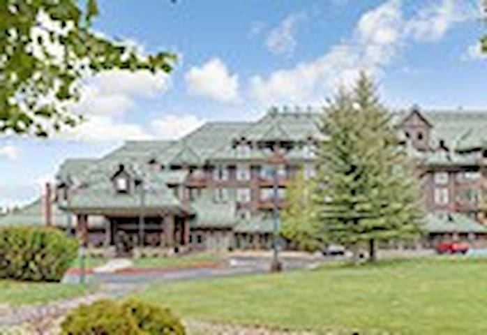 Lake Tahoe Vacation Resort - South Lake Tahoe - Condominium