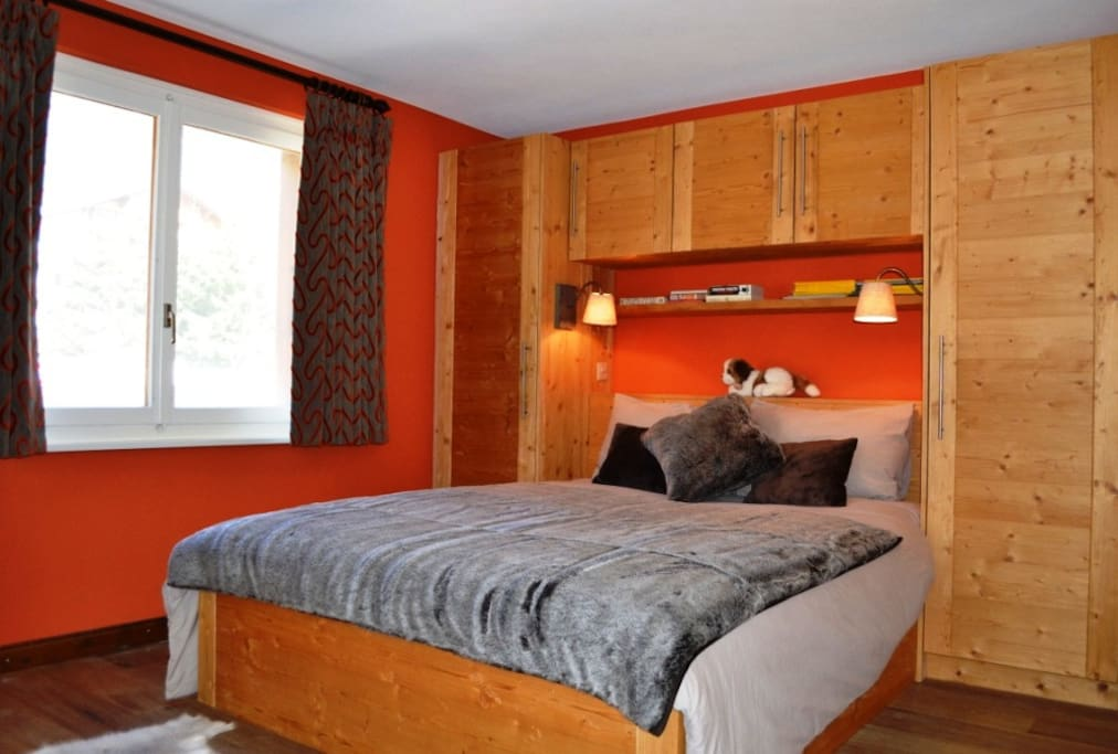 Master Double Bedroom With EnSuite Shower Room