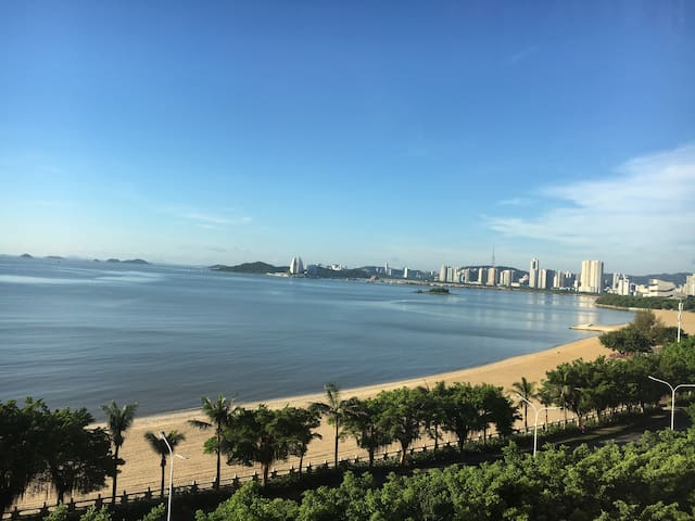 3Bed 2Bath Apartment - Super Seaview by the Beach - Zhuhai - Huoneisto