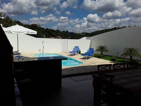 Casa de campo Mairiporã ,piscina  aquecida,vemm !