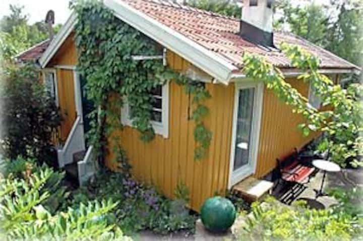 Cottage near the sea - 20 min to Stockholm city