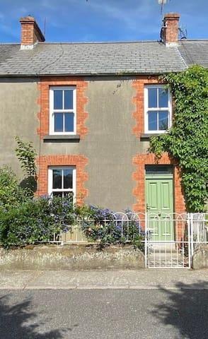 Kilkenny Castleview House