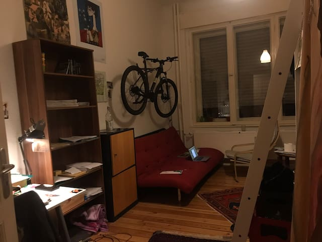 Big room in Neukölln