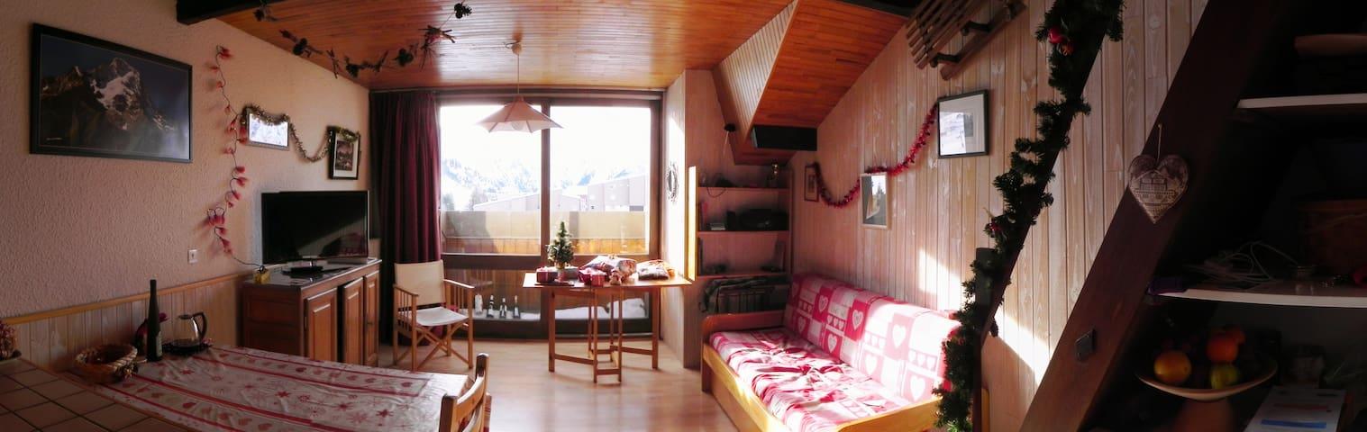 Ski to door nice studio apartment - Mont-de-Lans - Apartament