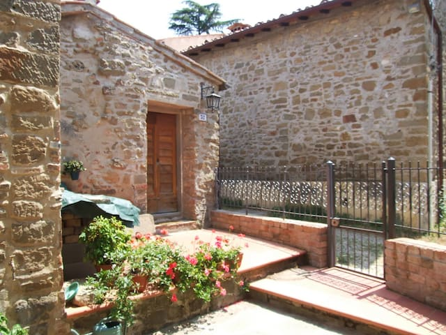 Charming studio in Chianti - Greve in Chianti - House