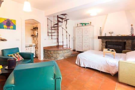 Camera con bagno in borgo antico - Grizzana Morandi