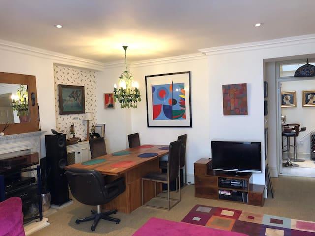 Pimlico/Victoria exceptional flat, special prices