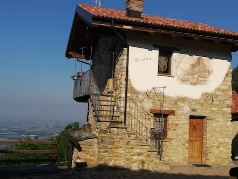 """""""El Ciabotìn"""", tipica casa di montagna"""