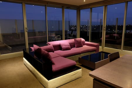 Penthouse Apartment with it all - Essendon North - อพาร์ทเมนท์