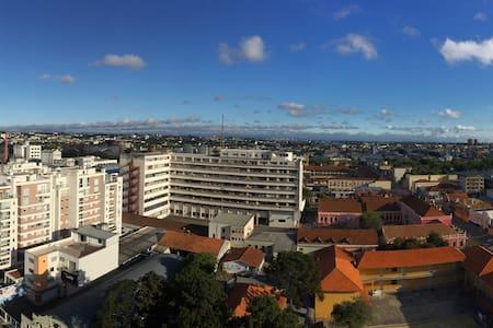 Flat / A Mini Cobertura Mais Irada de Curitiba :) - Curitiba