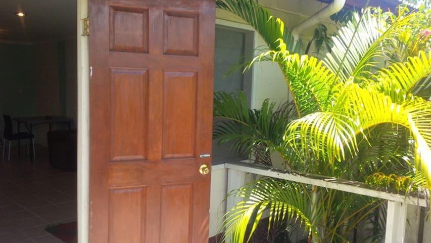 Cosy 2 bedroom Apartment - Vaitele